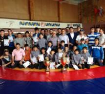В Карачаево-Черкесии разыграли Кубок Главы республики по вольной борьбе