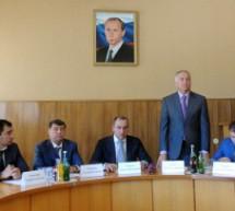 Глава Карачаево-Черкесии представил исполняющего обязанности мэра Карачаевска