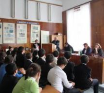 В школах КГО проходят встречи с руководителями Администрации, правоохранительных органов и общественных организаций