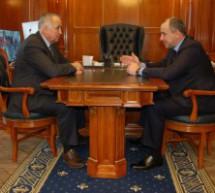 Рашид Темрезов встретился с мэром Карачаевского городского округа Русланом Текеевым