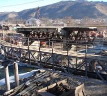 Ход работ по реконструкции моста через реку Теберда на въезде в г. Карачаевск