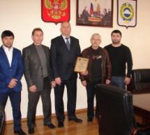Мэру Карачаевска вручили Благодарственное письмо