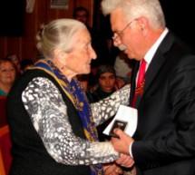 Почетное звание —  учителям  Карачаевска