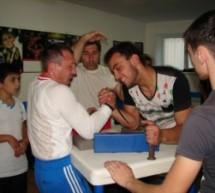 В Карачаевске провели зарядку с чемпионом