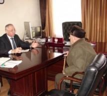 Мэр Карачаевска провел прием граждан