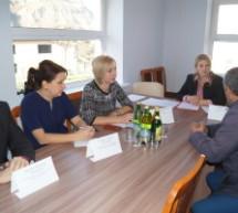 В Карачаевске прошла встреча представителей министерства образования и науки КЧР  с педагогами и родителями образовательных учреждений