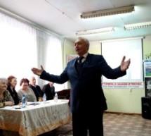 В библиотеке Карачаевска прошел творческий вечер  Умар-Алия Бостанова
