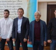 В Карачаевске состоялось встреча именитых борцов со школьниками