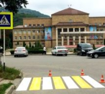 В Карачаевском городском округе дополнительно установили 187 дорожных знаков
