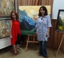 Художники Карачаевска представили свой родной край на выставке в Кисловодске