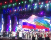 Театрализованное представление в честь юбилея двух республик в зале Кремля посмотрело более 6 тысяч зрителей