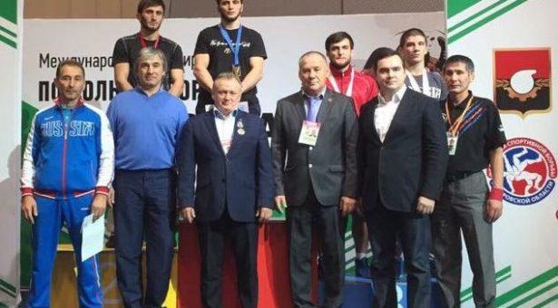 Спортсмен из Карачаевска стал победителем Международного турнира по вольной борьбе «Шахтерская слава»