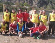 В Карачаевске состоялся товарищеский матч учителей и учащихся