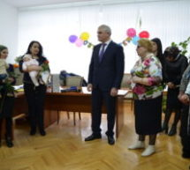 В Карачаевске вручили юбилейный 30 000 сертификат на материнский капитал