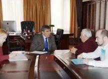 Мэр Карачаевского городского округа Алик Динаев провел личный прием граждан