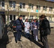 Мэр Карачаевского городского округа Алик Динаев посетил социальные объекты Теберды