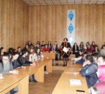 В Карачаевске состоялся круглый стол на тему обычаев и традиций