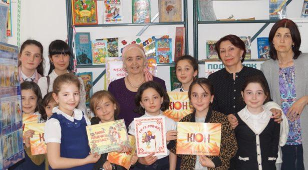 В Карачаевске прошел поэтический вечер Байдымат Кечеруковой