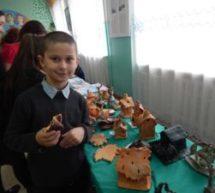 Передвижная выставка ДПИ открылась в Красногорской