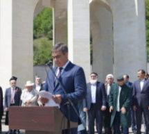 Прошел торжественный митинг, посвященный 61-ой годовщине возвращения карачаевского народа на Родину