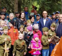 У памятника воинам ВОВ в Гоначхирском ущелье прошел митинг, посвященный Дню победы