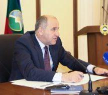 Рашид Темрезов провел совещание по вопросу реализации мероприятий в рамках Года благоустройства городских и сельских территорий Карачаево-Черкесии