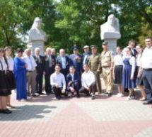 В Карачаевске прошел траурный митинг памяти генерал-полковника Солтана Магометова