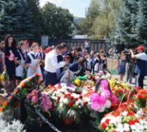 На траурном митинге вспомнили жертв Бесланской трагедии