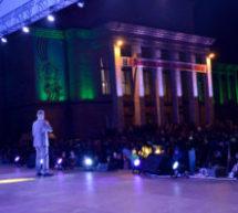 На центральной площади Карачаевска прошел праздничный концерт, посвященный Дню города