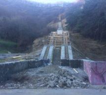 В Карачаевском городском округе ведется работа по обустройству обелиска-памятника «Борцам за советскую власть»