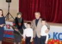 В Карачаевске многодетным семьям вручили сертификаты на земельные участки