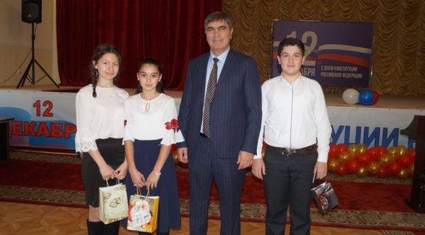 19 юных жителей Карачаевского городского округа получили свой главный документ — паспорт гражданина Российской Федерации