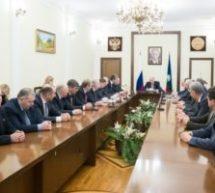 Рашид Темрезов провел итоговое совещание с руководителями исполнительной, законодательной и муниципальных органов власти Карачаево-Черкесии