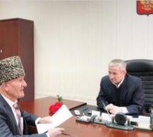 Первый заместитель Мэра Карачаевского городского округа Кемал Урусов провел прием граждан по личным вопросам