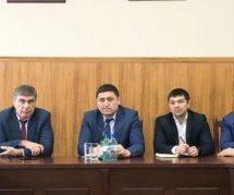 Министр физической культуры и спорта Карачаево-Черкесской Республики Рашид Узденов провел в Карачаевске прием граждан