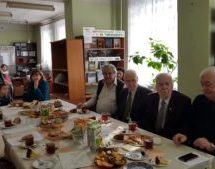 В библиотеке имени А. Суюнчева прошел вечер добра «Мы желаем счастья Вам»