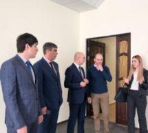 Cостоялась рабочая встреча Мэра Карачаевского городского округа Алика Динаева с Министром экономического развития Али Накоховым