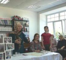 В детской библиотеке Карачаевска прошел литературно-музыкальный вечер, посвященный 70-летнему юбилею Народного поэта КЧР Байдымат Кечеруковой