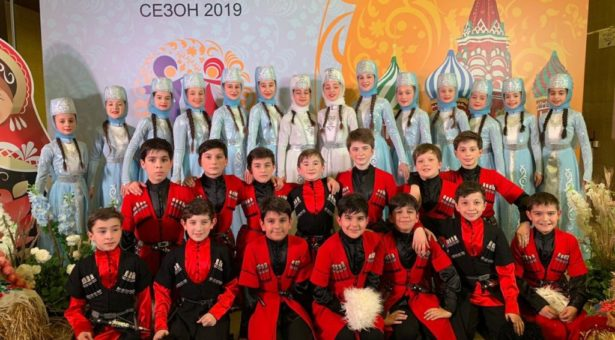 Детская образцовая студия национального танца «TAULU» вышла в финал Чемпионата России по народным танцам