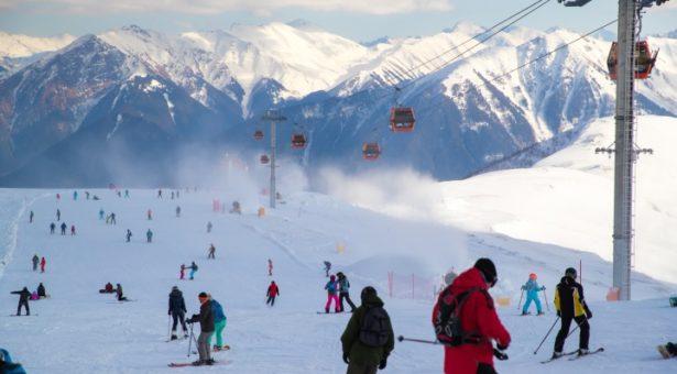 Курорты Карачаево-Черкесии — Домбай и Архыз — входят в топ-10 для отдыха в выходные дни