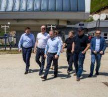 Первый заместитель Министра экономического развития России Михаил Бабич и Глава Карачаево-Черкесии провели совещание по комплексному развитию Домбая