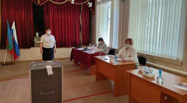 В Карачаевском городском округе начались дополнительные выборы депутатов Думы КГО