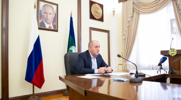Глава КЧР подписал Указ об усилении ограничительных мер для снижения рисков распространения коронавируса