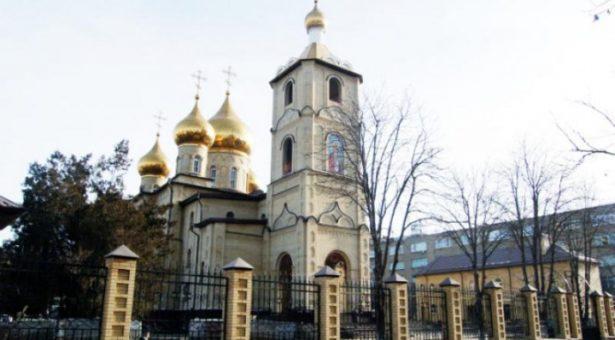 Глава Карачаево-Черкесии поздравил православных верующих с праздником Рождества Христова