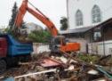 Оказана помощь в расчистке прилегающей к мечети территории