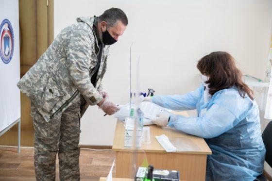 В Карачаево-Черкесии явка избирателей сегодня на 15-00 составила 52,85%